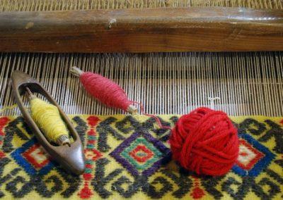 museo di Aggius, in Sardegna: particolare dell' arte della tessitura