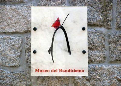 ingresso del museo del banditismo di Aggius, in Sardegna